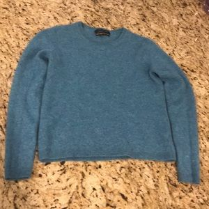 Tahari cashmere sweater